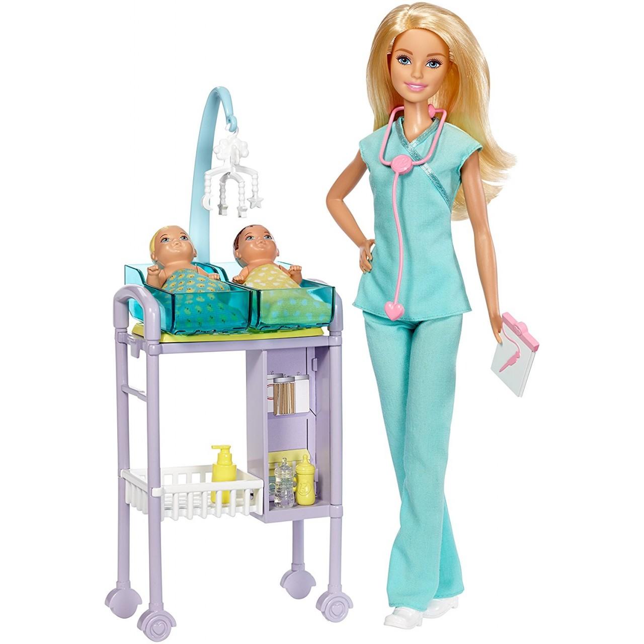 Набор кукла Барби Блондинка доктор с двумя малышами DVF50