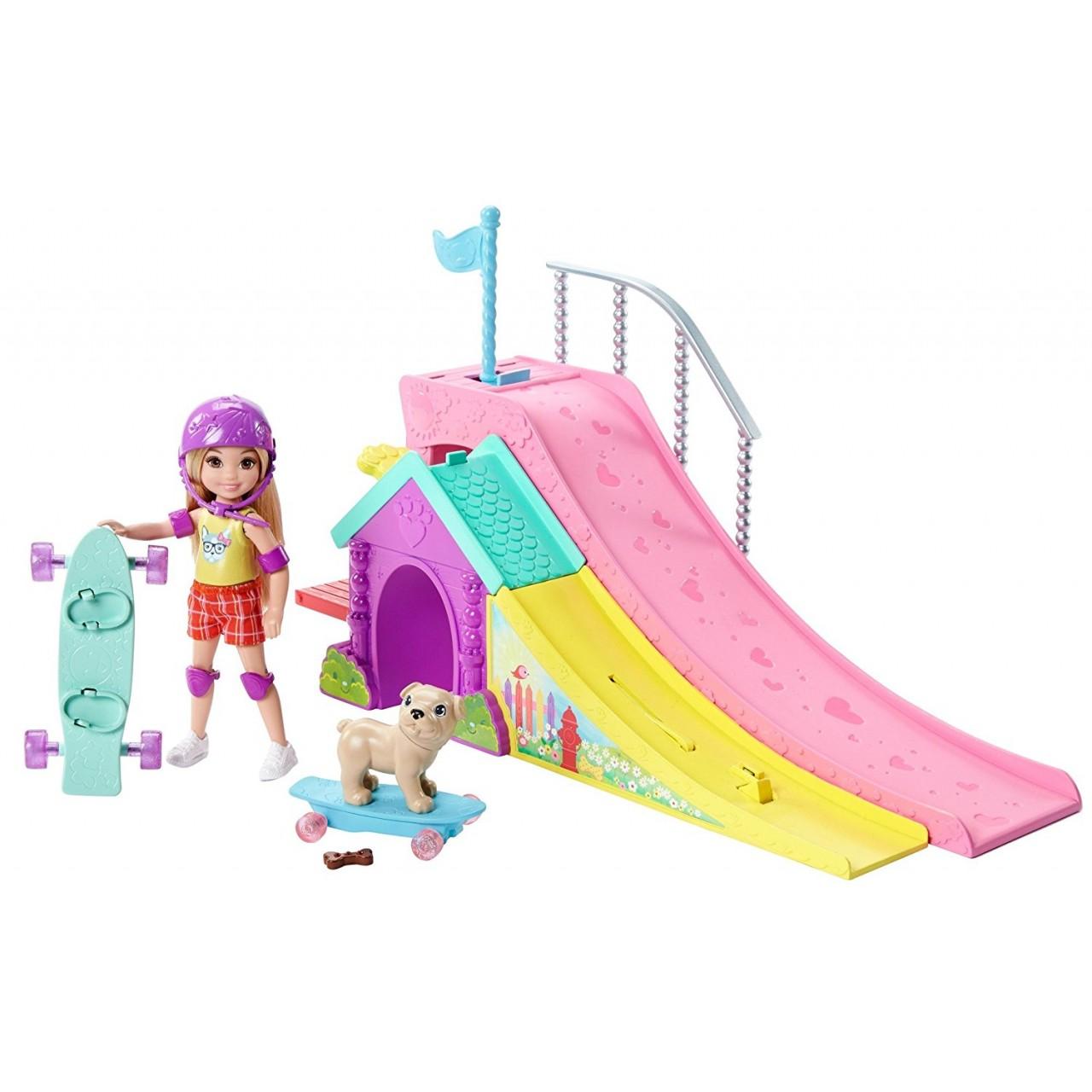 Набор Барби Скейт-парк Челси  FBM99
